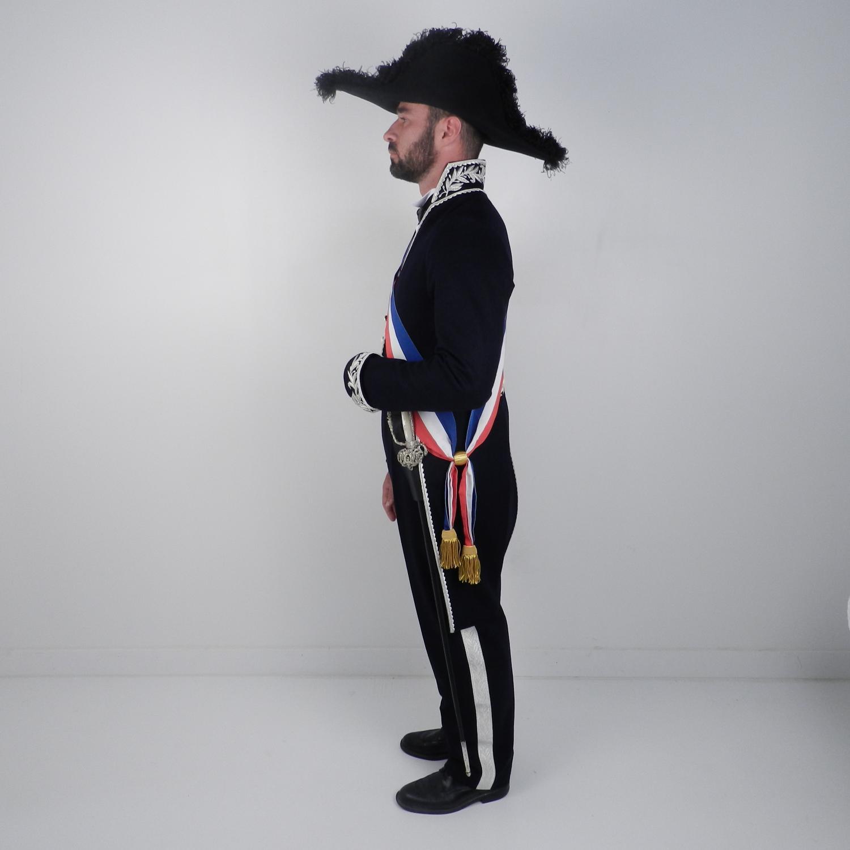 beaucoup de choix de sélection mondiale de vente chaude en ligne AntikCostume - Costume de maire avec épée et ceinturon porte ...